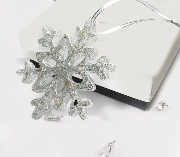 Snowflake resin Christmas decoration