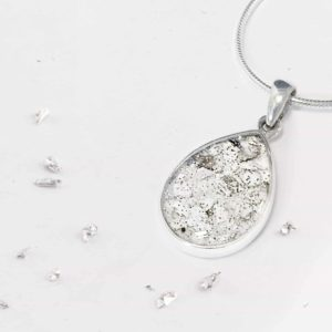 White Gold Teardrop Inlaid Memorial Pendant