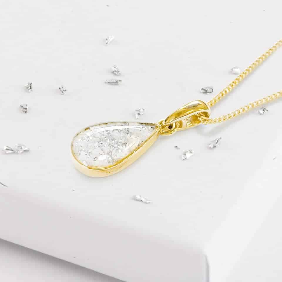 Gold Small Resin Teardrop Inlaid Memorial Pendant